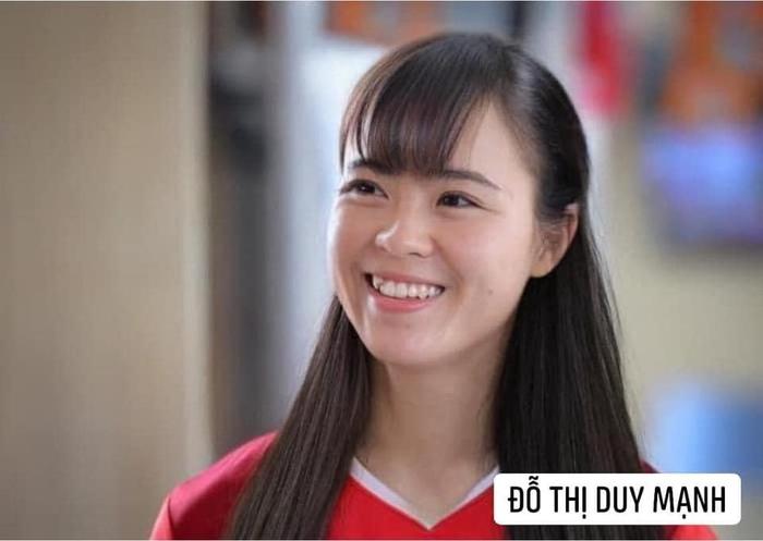Bã xã Quế Ngọc Hải thích thú với ảnh chế phiên bản nữ của các cầu thủ tuyển Việt Nam  - Ảnh 7.