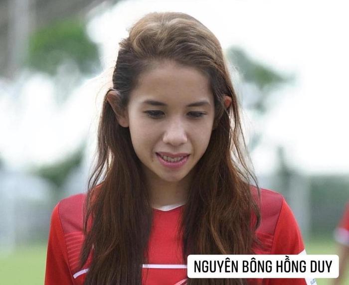 Bã xã Quế Ngọc Hải thích thú với ảnh chế phiên bản nữ của các cầu thủ tuyển Việt Nam  - Ảnh 6.