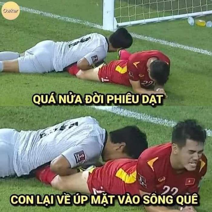 Fan Việt Nam chế ảnh cực gắt ĐT Malaysia sau trận thua thầy trò HLV Park Hang-seo - ảnh 3