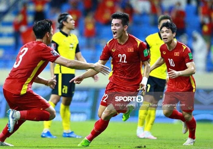 Đã đến lúc thế hệ vàng của bóng đá Việt Nam và cả dân tộc sẵn sàng cho một giấc mơ thành hiện thực - Ảnh 3.
