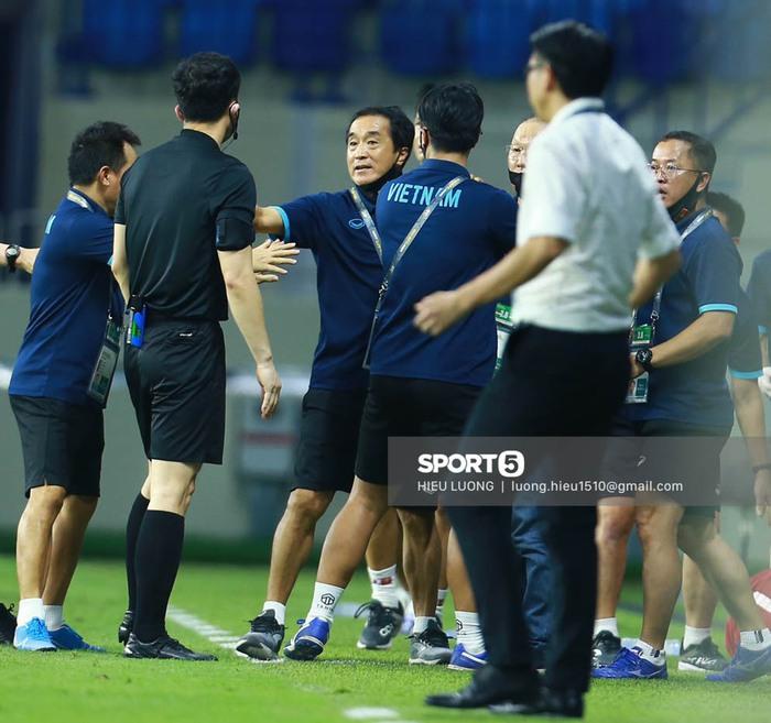 """""""Bộ não"""" của thầy Park sẽ chỉ đạo tuyển Việt Nam trong trận đấu gặp UAE - Ảnh 4."""