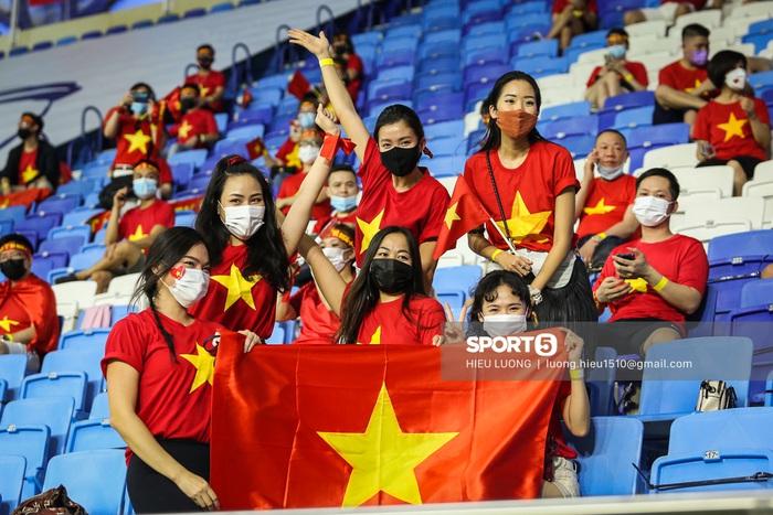Phía UAE phản hồi thông tin CĐV Việt Nam gặp khó khăn khi mua vé xem trận Việt Nam gặp UAE - Ảnh 2.