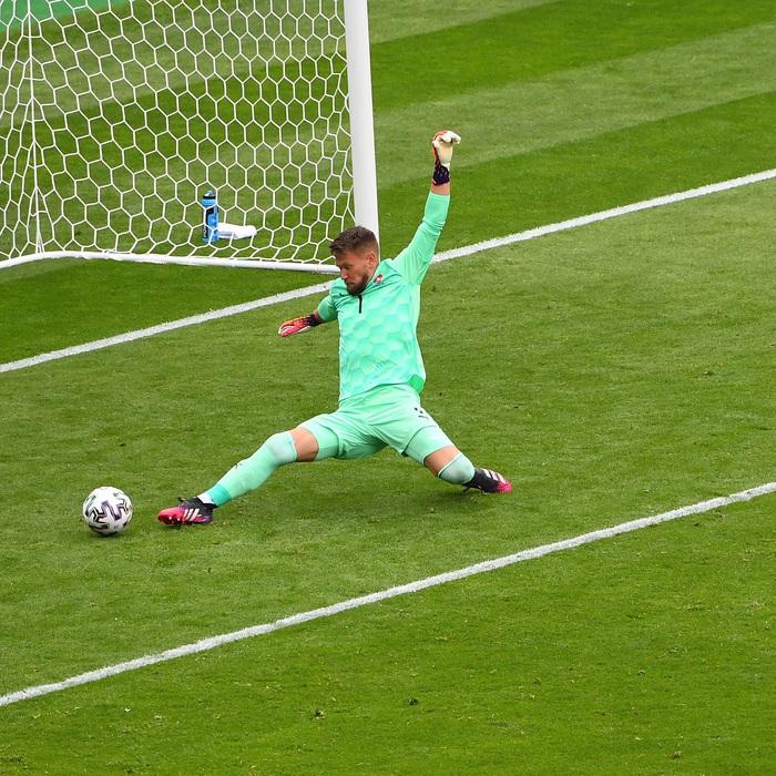 Siêu phẩm giữa sân giúp CH Czech nhấn chìm tuyển Scotland - Ảnh 5.