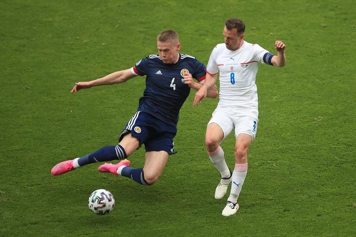 Siêu phẩm giữa sân giúp CH Czech nhấn chìm tuyển Scotland - Ảnh 7.