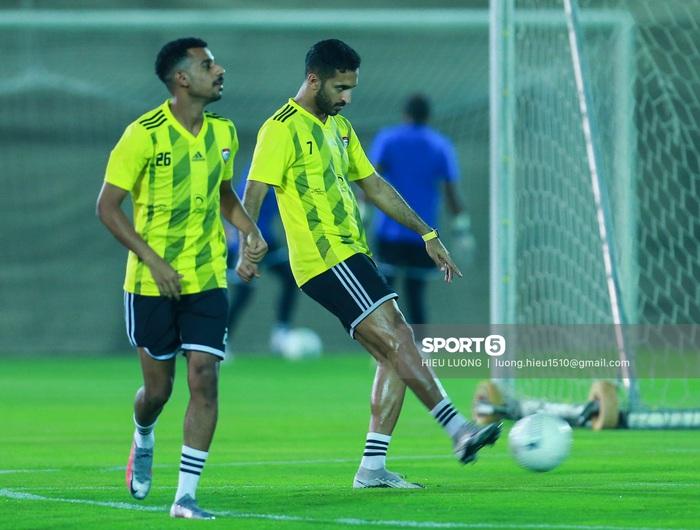 Tiền đạo Brazil nhập tịch UAE buồn bã trước ngày đấu tuyển Việt Nam - Ảnh 6.
