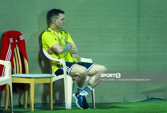 Tiền đạo Brazil nhập tịch UAE buồn bã trước ngày đấu tuyển Việt Nam - Ảnh 3.