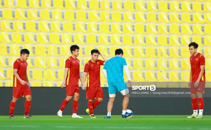 Danh sách 23 cầu thủ đội tuyển Việt Nam đấu UAE ngày 15/6 - Ảnh 1.