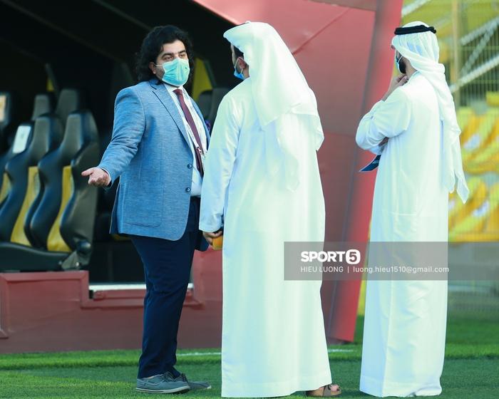 Thầy Park chơi khó ở buổi tập của tuyển Việt Nam, phóng viên UAE chán nản suýt bỏ về sớm - Ảnh 6.