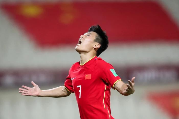 Báo Trung Quốc: Tuyển Việt Nam giành được tấm vé lịch sử, sức mạnh vượt cả đội tuyển chúng ta - Ảnh 3.