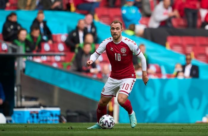 De Bruyne nã tên lửa vào lưới Đan Mạch và từ chối ăn mừng để tôn trọng Eriksen - Ảnh 1.
