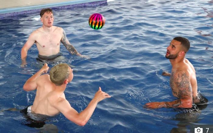 Sao tuyển Anh chơi đùa dưới bể bơi trước đại chiến với Scotland - Ảnh 3.