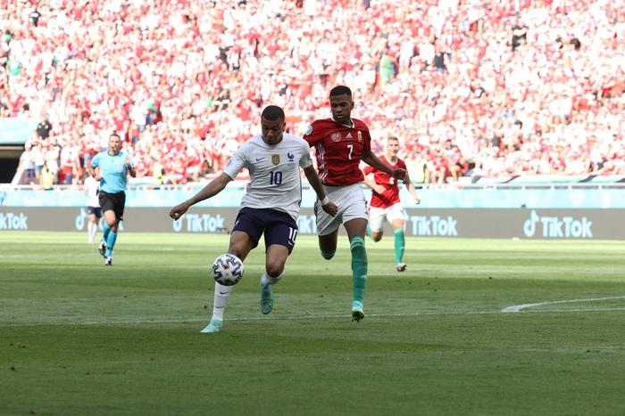 Thống kê tệ hại của Benzema tại Euro - Ảnh 6.