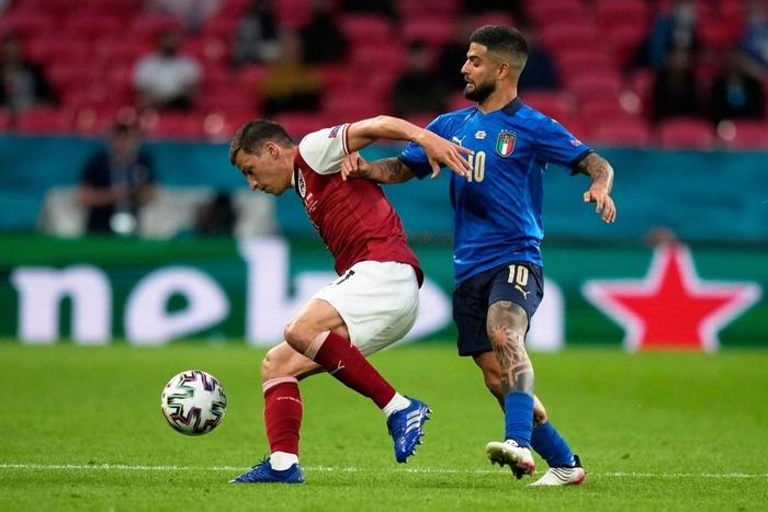 Thắng nghẹt thở Áo với tỷ số 2-1 ở hiệp phụ, Italia vào tứ kết Euro 2020 - Ảnh 2.
