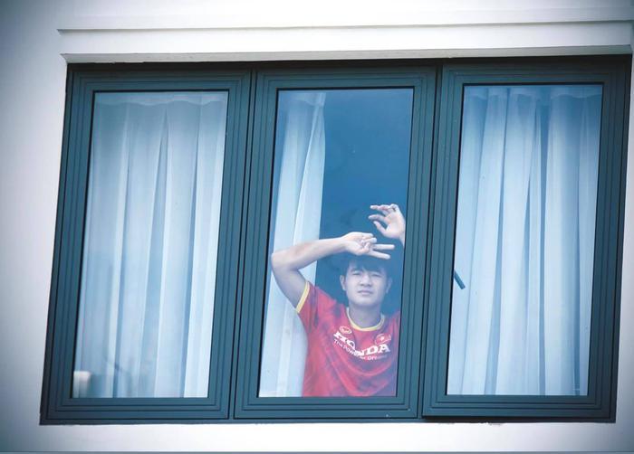 Cập nhật ĐT Việt Nam hoàn thành cách ly: HLV Park Hang-seo đã rời khách sạn - Ảnh 1.