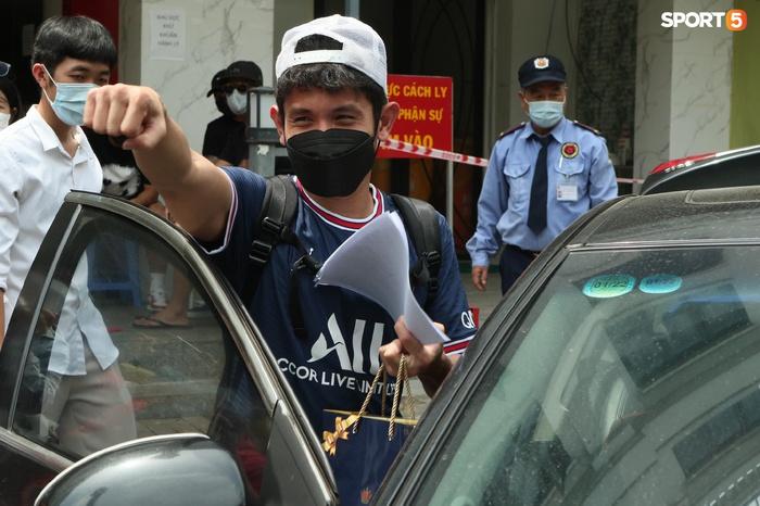 Cập nhật ĐT Việt Nam hoàn thành cách ly: Công Phượng, Tuấn Anh nhanh chóng rời khách sạn  - Ảnh 3.
