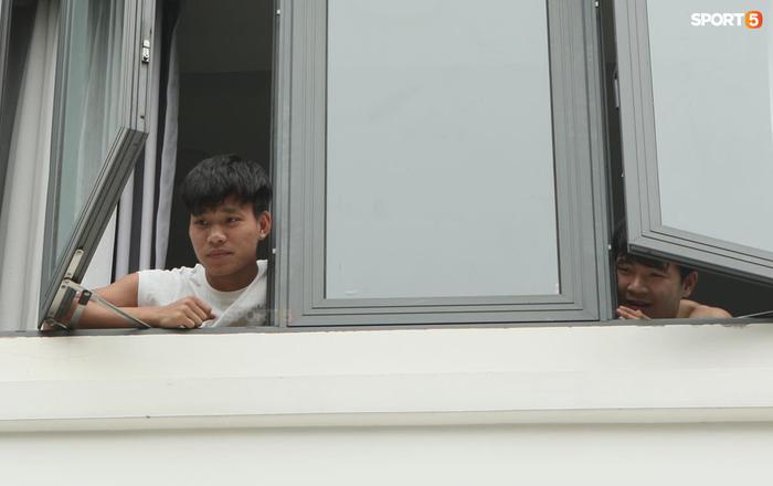 Cập nhật ĐT Việt Nam hoàn thành cách ly: Công Phượng, Tuấn Anh nhanh chóng rời khách sạn  - Ảnh 11.