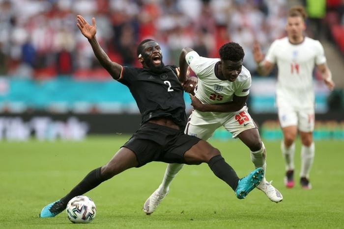 Hạ gục tuyển Đức ở Wembley, tuyển Anh kết thúc 55 năm sống trong đau đớn - Ảnh 1.