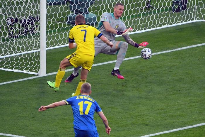 Đánh bại Thụy Điển 2-1 ở phút 120, Ukraine điền tên mình vào vòng tứ kết Euro 2020 - Ảnh 4.