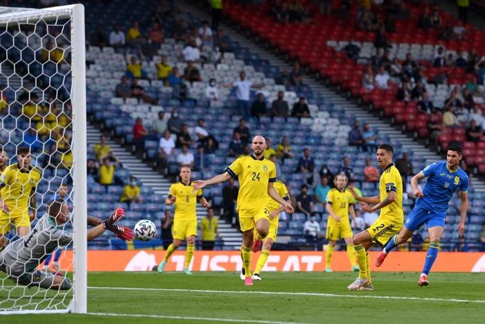 Đánh bại Thụy Điển 2-1 ở phút 120, Ukraine điền tên mình vào vòng tứ kết Euro 2020 - Ảnh 3.