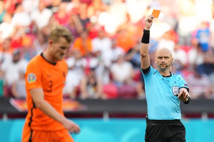 """""""Chết hụt thì thường hay sống dai"""", 3/4 đội xếp thứ ba có thành tích tốt nhất vòng bảng đều đã giành vé vào Tứ kết Euro 2020 - Ảnh 2."""