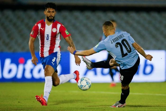 """Suarez """"tịt ngòi"""", Uruguay hòa không bàn thắng với Paraguay - Ảnh 3."""