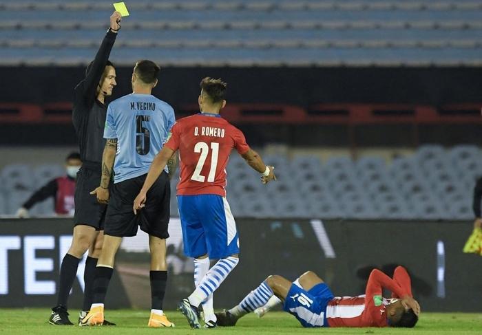 """Suarez """"tịt ngòi"""", Uruguay hòa không bàn thắng với Paraguay - Ảnh 4."""