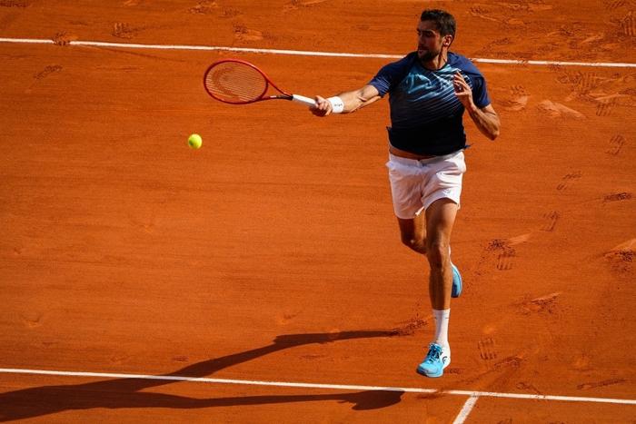 Federer thua set đầu tiên, Nadal và Djokovic thần tốc đi tiếp ở Roland Garros - Ảnh 6.