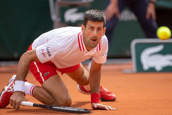 Djokovic thoát hiểm, Nadal thuyết phục đi tiếp ở vòng 4 Roland Garros - Ảnh 3.