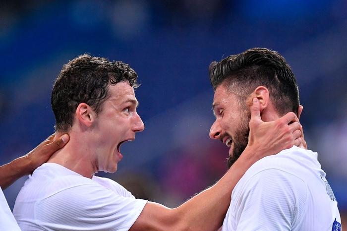Giroud lập cú đúp trong ngày Benzema dính chấn thương, Pháp thắng trận giao hữu cuối trước Euro - Ảnh 13.