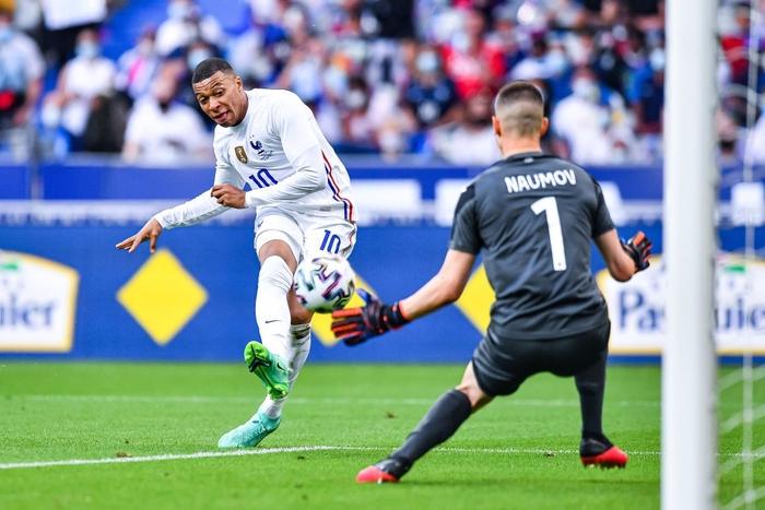Giroud lập cú đúp trong ngày Benzema dính chấn thương, Pháp thắng trận giao hữu cuối trước Euro - Ảnh 5.