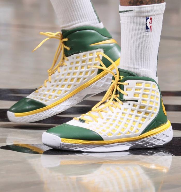Ông hoàng sneaker PJ Tucker tiếp tục chơi trội tại chung kết NBA - Ảnh 8.
