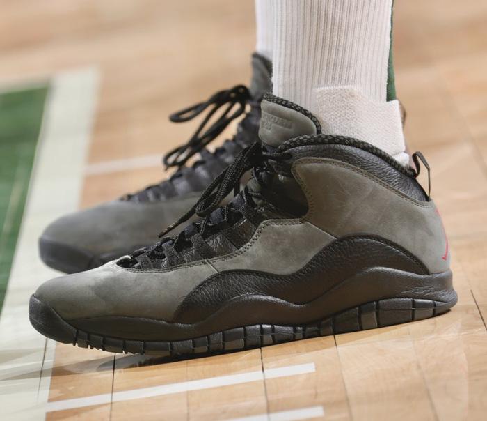 Ông hoàng sneaker PJ Tucker tiếp tục chơi trội tại chung kết NBA - Ảnh 7.