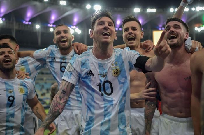 Hạ gục Brazil, Messi và đồng đội vô địch Copa America - Ảnh 8.