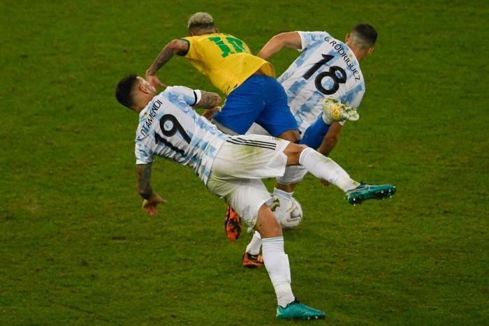 Hạ gục Brazil, Messi và đồng đội vô địch Copa America - Ảnh 4.