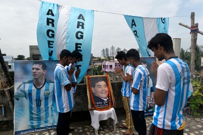 Lạ lùng fan châu Á đi bão mừng chiến thắng lịch sử của Messi và tuyển Argentina - Ảnh 4.