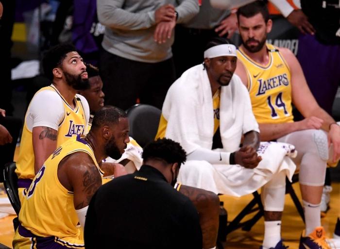 Tương lai của Montrezl Harrell liệu có còn gắn bó với Los Angeles Lakers? - Ảnh 1.