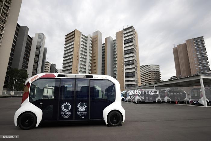 Làng vận động viên của Olympic Tokyo 2021 mở cửa trong ảm đạm - Ảnh 6.
