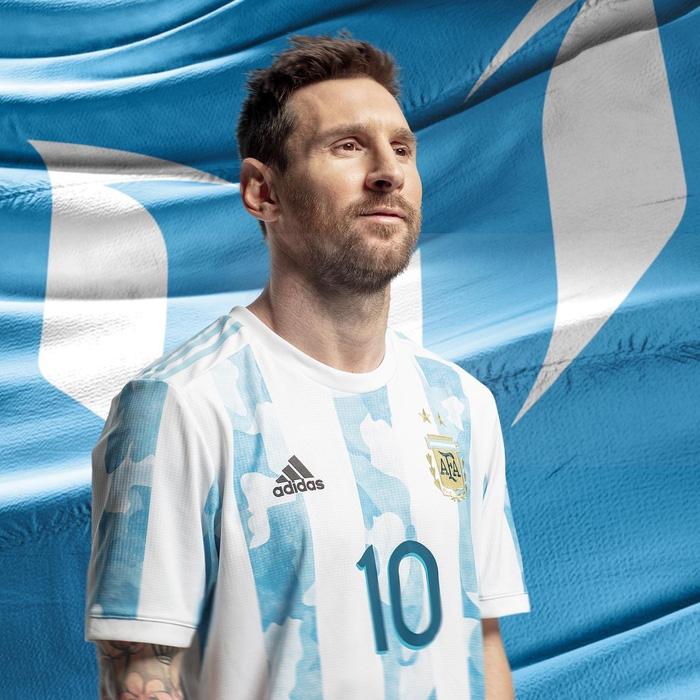 Lionel Messi tiếp phá đảo thế giới ảo, với bức ảnh triệu yêu thích trên Instagram - Ảnh 3.