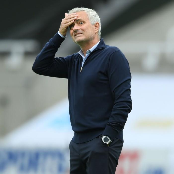Chuyển nhượng 17/7: MU khiến Mourinho chưng hửng - Ảnh 3.