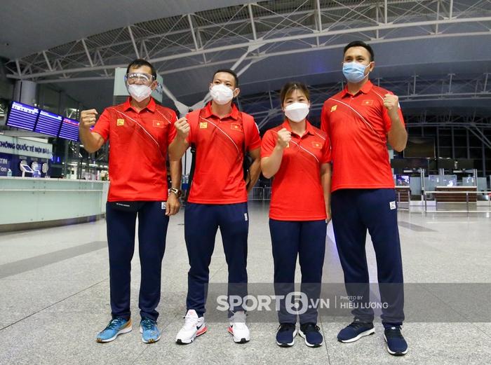 Đoàn thể thao Việt Nam mang mỳ tôm, chia hành lý trước giờ lên đường dự Olympic Tokyo 2020 - Ảnh 10.