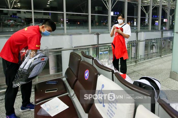 VĐV Việt Nam bị giấu hộ chiếu, hú hồn trước giờ bay đến Olympic Tokyo 2020 - Ảnh 6.
