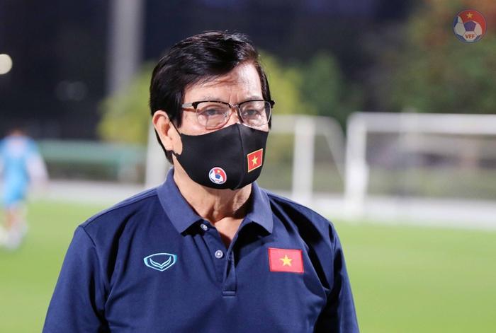 Trưởng đoàn Nguyễn Sỹ Hiển: Cần nhìn nhận đúng và đánh giá khách quan về trình độ của tuyển Việt Nam - Ảnh 1.