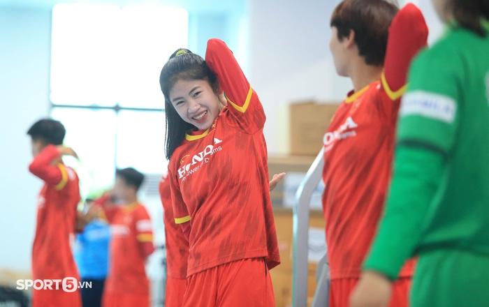 Mê mẩn trước nhan sắc của dàn tuyển thủ nữ Việt Nam - Ảnh 5.