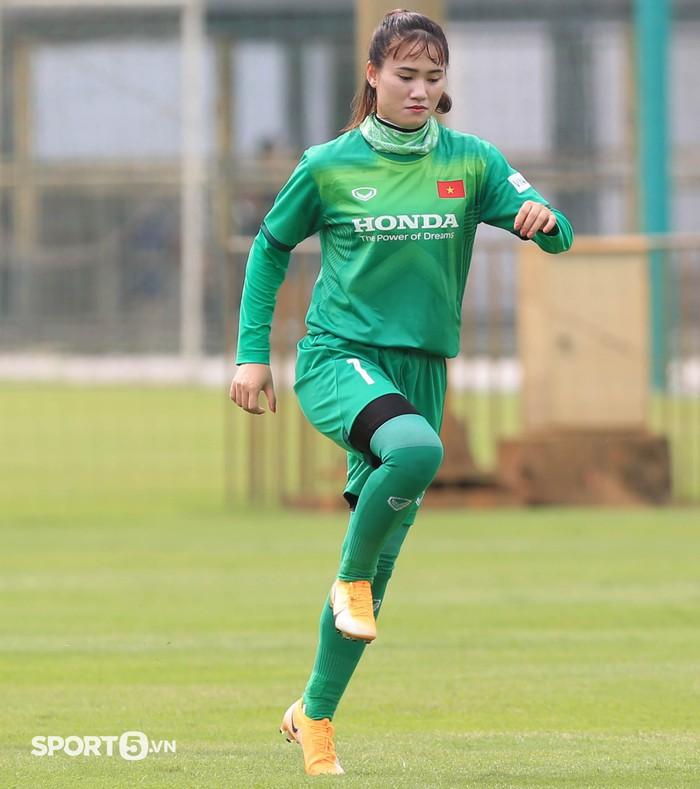Mê mẩn trước nhan sắc của dàn tuyển thủ nữ Việt Nam - Ảnh 9.