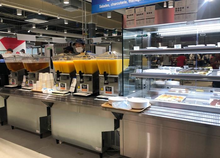 Cận cảnh nhà ăn Olympic 2020 siêu lớn: Phục vụ 3000 người cùng lúc, 700 món ăn mỗi bữa - ảnh 9