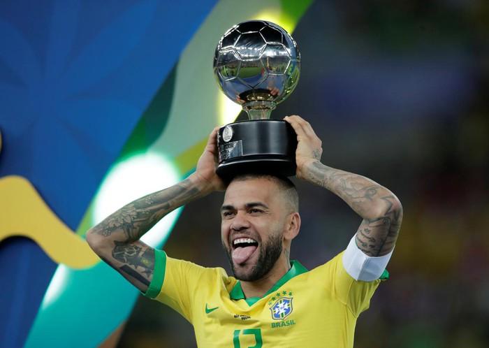 Lão tướng kinh nghiệm nhất của Olympic Brazil tỏ ra lo lắng trước ngày khởi tranh môn bóng đá nam - Ảnh 2.
