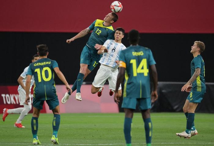 Argentina thua bạc nhược trận ra quân Olympic 2020 - Ảnh 3.