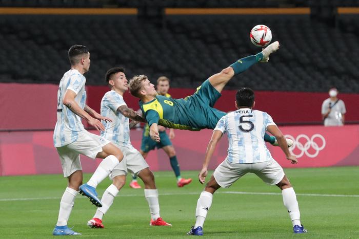 Argentina thua bạc nhược trận ra quân Olympic 2020 - Ảnh 5.
