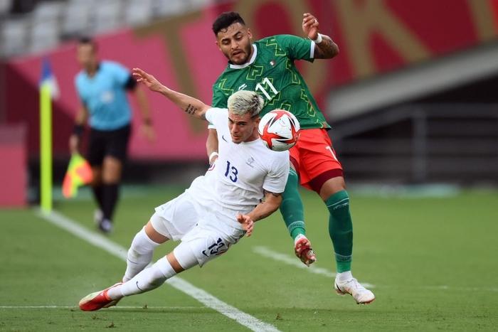 """""""Vùi dập"""" đội tuyển Pháp với tỷ số khó tin 4-1, Mexico ra quân ấn tượng tại Olympic 2020 - Ảnh 3."""
