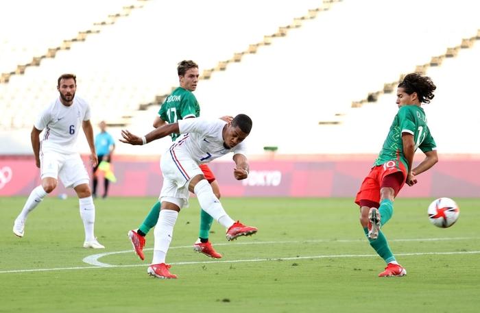 """""""Vùi dập"""" đội tuyển Pháp với tỷ số khó tin 4-1, Mexico ra quân ấn tượng tại Olympic 2020 - Ảnh 4."""
